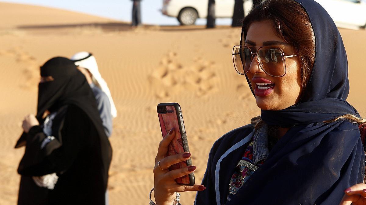 شروط إصدار تأشيرة السياحة السعودية للدول المسموح لها،